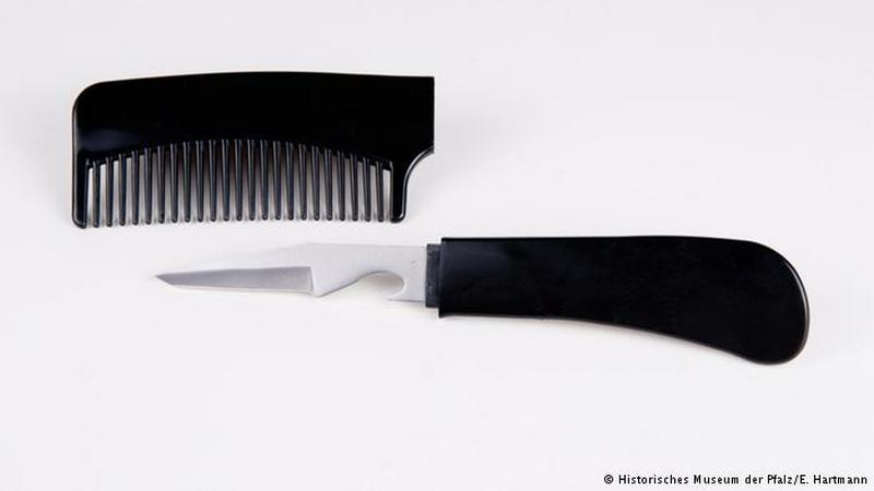 Knife disguised as a comb