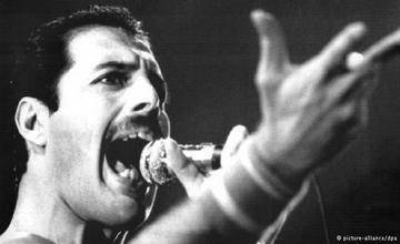 Freddy Mercury: Non-Stop Party