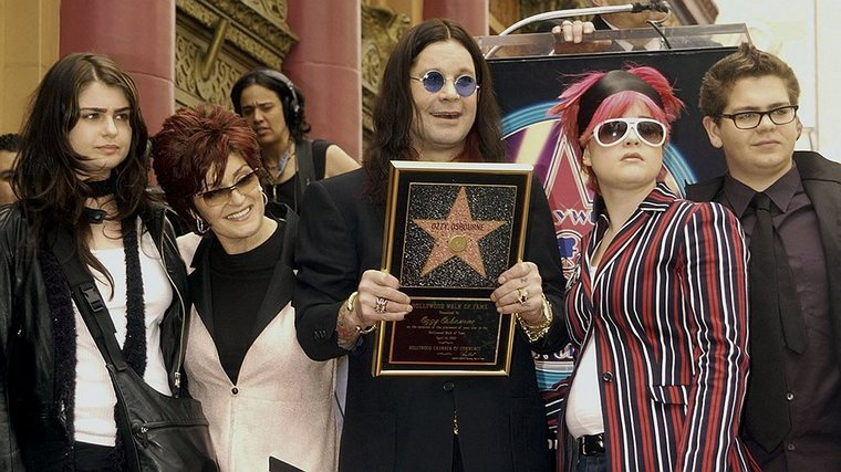 Ozzy Osbourne: still lively, still singing8