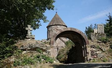 Makaravank Monastery - Armenia