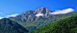 Khustup Mountain – The Armenian Capitol