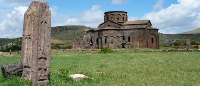 Katoghike Church – Talin, Armenia