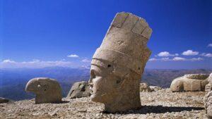 Mount Nemrut – Armenian Pantheon of Gods